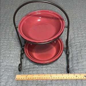 Longaberger small pie plates and stand